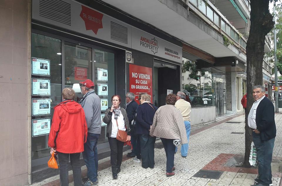 http://andaluciaproperty.es/Si buscas en Granada una agencia inmobiliaria diferente, llámanos.